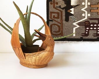 Vintage Wicker Duck Basket Planter Handle + Beige Brown + Wicker Animal Wood + Easter Basket + New Bohemians + Jungalow + Air Plant