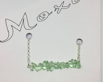"""22"""" Silver and Green Chip Necklace"""