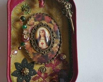 "Shabby beautiful Madonnas shrine - ""the earth is my mother"" / smoky quartz /"