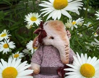 OOAK Artist Teddy elephant 5,1 inches/ 13 cm German Viscose toy plush sawdust soft sculpture teddy bear to order