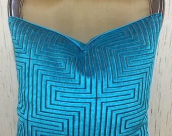 Luxury Teal Blue Velvet Throw Pillow, Velvet Pillow Cover, Decorative Pillow, Designer Pillows, Cushion Case, Teal Blue Velvet Pillow Covers