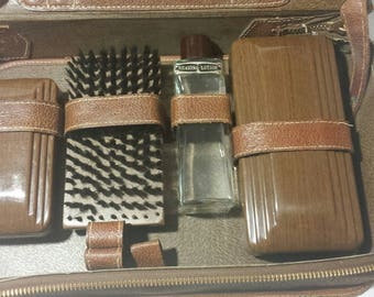 Vintage Man's Genuine Leather Grooming Case Made in the USA