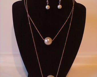 White & Gold 2 Pc. Costume Jewelry Set