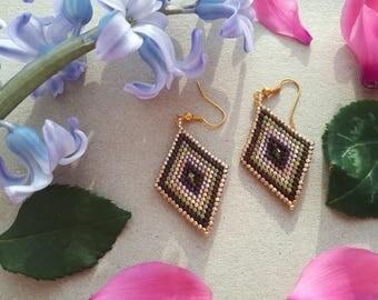EARRINGS - diamond shape -  with swarovski in a middle - gift jewelry - elegant look earrings - joung women style - mother earrings