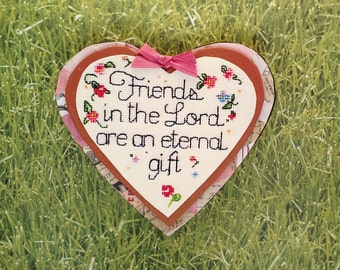 """Heart felt expressions, Gift magnet.""""Friends in the Lord are an eternal gift."""""""