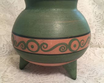 Green Oaxaca 3 legged vase