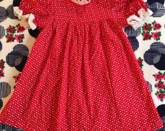 Vintage Baby Kids Red and White Hearts Daisies Babydoll Puff Sleeve Eyelet Lace Trim Dress Dolly