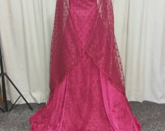 Renaissance dress, Melisandre, red witch costume, wedding dress, medieval wedding gown, Princess gown, red lace dress