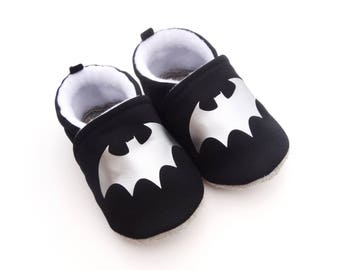 """Kids slippers - baby on cotton, non-slip leather sole black """"bat silver mouse""""-black booties lined with fleece"""