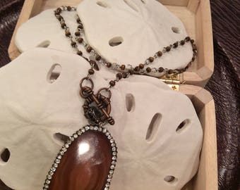 Genuine agate brown pendant