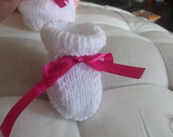 White newborn baby booties a 3 month with Ribbon rose
