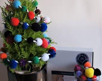 DIY Christmas pom pom garland kit