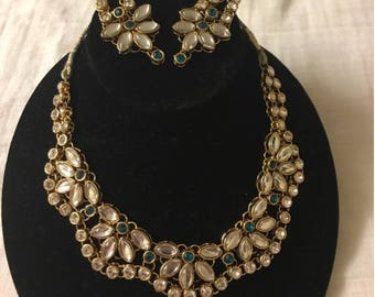 Green Indian Kundan Necklace set with earrings. Teal Indian Kundan necklace set