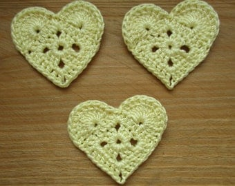 set of 3 yellow hearts light crochet height 3.5 cm