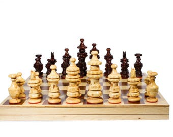 "Handmade Chess. Model ""Toscano"". Foldable Board: 45 x 45 cm."