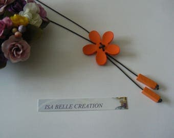 Necklace with acrylic flower orange