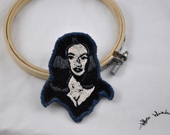 Hand Embroidered Vampira Patch |  Maila Nurmi Embroidery Portrait Patch | Iron Patch