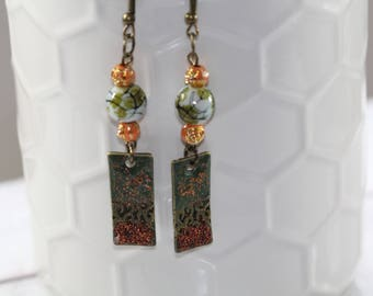 Olibrius, Stud Earrings pearls and enameled brass