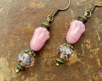 Romantic earrings pink
