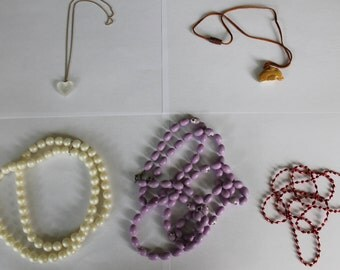 Lot of 5 costume necklaces