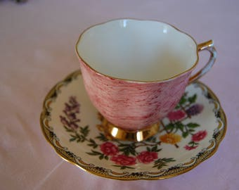 """Royal Albert """"Gossamer"""" Cup and Aynsley """"Mikado"""" Saucer - Very pretty and stylish - Excellent condition"""