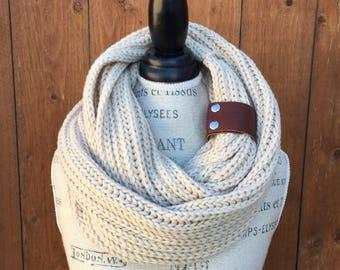 Women Infinity Knit Scarf, Knit Scarfs Women, Knit Scarf, Knit Infinity Scarf, Infinity Knit Scarfs, Womens Knbit Scarf, Knit Scarfs Women