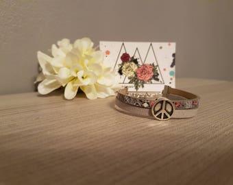 "Bracelet ""Peace & imitation"""