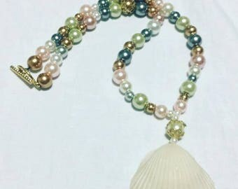 Beaded Sea Shell Necklace