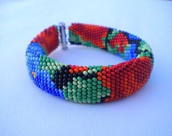 Beaded bracelet, flower bracelet, bright bracelet, rose and violet, floral pattern, gift for her, gift for woman, gift for Christmas