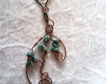Necklace handmade in bronze with Jade chips on a handmade leather necklace