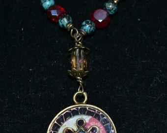 Funky Vintage Vibed Pendant Necklace