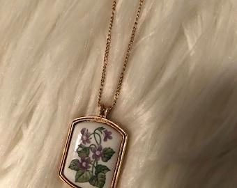 Avon Flower Pendant