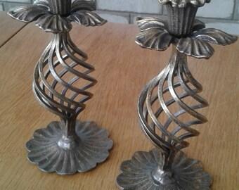 Set of 2 candlesticks
