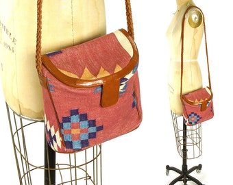90s Southwest Tapestry Tote / Vintage 1990s Small Woven Cotton Carpet Bag with Leather Trim / Ethnic Tribal Boho Hippie Bohemian Purse