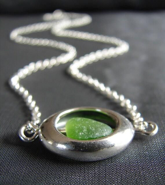 Compass sea glass necklace in true green