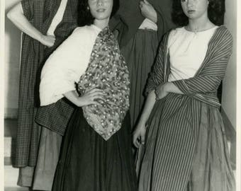 vintage photo 1950 Women Make up Costume almost Black Face Mexican Like Wax Museum Figures