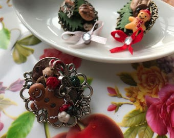 Miniature Delectable Christmas Desserts Cookies Candy Brooch Pin Cameo