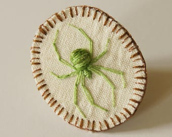 Embroidered Spider Brooch Green Arachnida Jewelry Natural History Wildlife Accessory Stumpwork Embroidery Arachnophile Nature Lover Gift