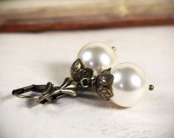 Large Pearl Earrings, Renaissance Bridal Jewelry, Victorian Cream Pearls, Victorian Wedding, Ren Faire Costume, Handfasting, Garb, Aquitaine