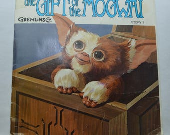 Vintage Gremlins Lot of 5 Records with Storybooks Gizmo 1980s Mogwai Complete Set 7 inch