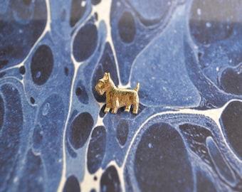 SCOTTISH TERRIER PIN // Scotty Dog - Tiny - Gold - Enamel - Lapel Pin - Pinback - Vintage.