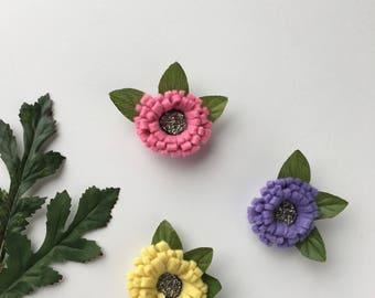 ONE Felt flower hair clip, Felt hair clip, baby flower clips, felt headband, spring hair clip, toddler headband, toddler bow, felt hair clip
