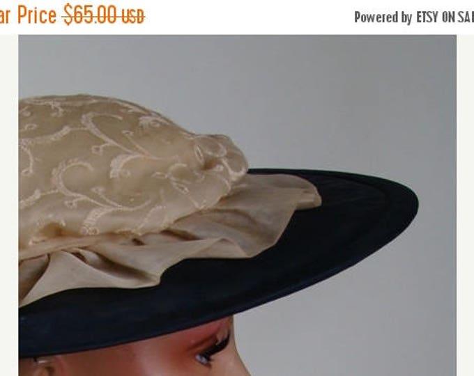 sale Vintage 50s Hat, Wide Brim Hat, Black Hats, Embroidered Hat, Brunch Hat, Sun Hat, Church Hat, Derby Hat, Kentucky Derby Hat, Sun Hat