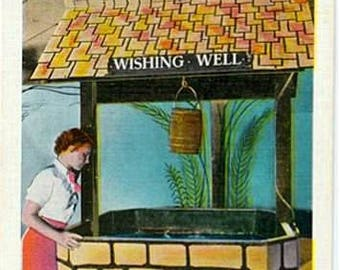 Vintage New Jersey Postcard - At the Wishing Well, Steel Pier, Atlantic City (Unused)
