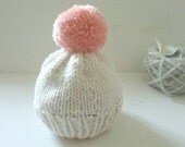 Knit Newborn Hat/Newborn Baby Girl Knit Hat/Baby Shower Gift/Hand Knit Newborn Hat/ Newborn Beanie