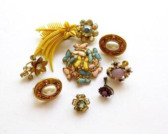 Vintage Rhinestone Earring Lot of 9 Single Repurpose Rhinestone Jewels Crystal Earrings Destash Harvest Jewelry JH6