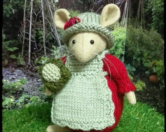 Inspired by Brambly Hedge...this is Poppy mouse.