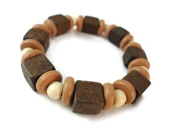Tan Brown Wood Bracelet Off White Beads, Light Brown Unisex Jewelry Wooden Shapes, Neutral Stretch Bracelet Brown Wood Cube Beads
