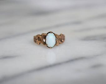 Antique Victorian 10k Gold Opal Ring c.1880s