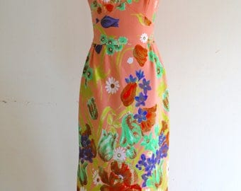 Vintage 70s Poppy Pastel Floral Print Boho Chic Hippie Bohemian Maxi Dress Runway Street Style